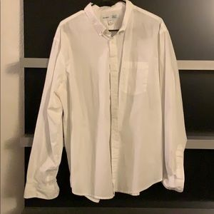 White Old Navy Button Up